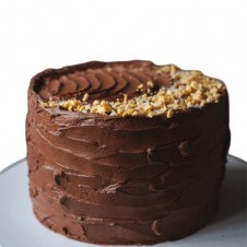 chocolate honeycomb crunch cake by purple oven
