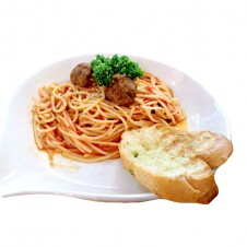 Spaghetti with meat sauce by Contis