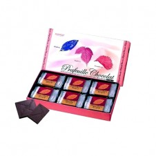 Berry Cube by Royce Chocolate