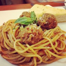 Spaghetti Bolognese with Meatballs by Pizza Hut