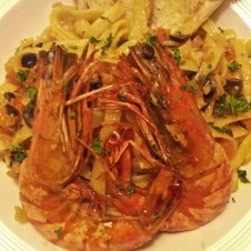Garlic Prawn Pasta by Contis