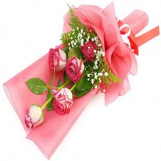 5pcs Pink Roses in a Bouquet