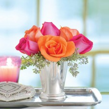 6pcs Pink and Orange Roses in a Glass Vase