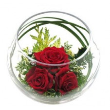 3pcs Red Holland Roses in a Globe Vase w/ Greeneries