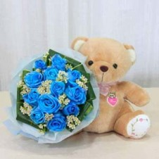Holland Blue Roses in a Bouquet Small Size Bear