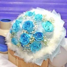 12 pcs. Imported Holland Blue Roses 1 in a Buoquet