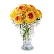 9 Beautiful Roses Stream out of our Glass Vase