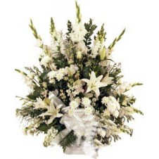 All-White Sympathy in a Bouquet