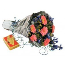 Nice Hand Tide Bouquet With Box of Chocolates
