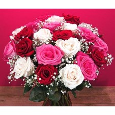 12 pcs Diferrent Color Roses Mix w/ Babys Breath in a Vase