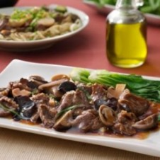 Oriental Beef with Mushrooms by Max's
