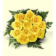 One dozen Yellow Roses in a Bouquet
