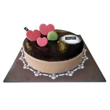 DARK GLAZE CHOCOLATE CAKE NO. 5 by Tous les Jours