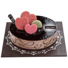 DARK GLAZE CHOCOLATE CAKE by Tous les Jours