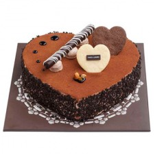 CHOCOLATE CRUNCH HEART CAKE by Tous les Jours