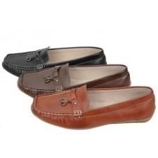 Ladies Flat Driving Shoe by Manels