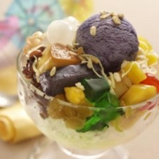 Halo-Halo Special by Max's