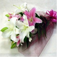 Mixed Pink & White Lilies in a Bouquet