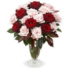 6pcs Red & 1 Dozen Pink Roses in a Vase