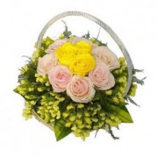 7pcs Pink and 3pcs Yellow Roses in a Basket