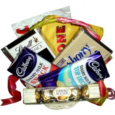 Assorted Chocolate Lover Basket 6