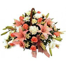 Rounded Arrangement In Pinks And Whites