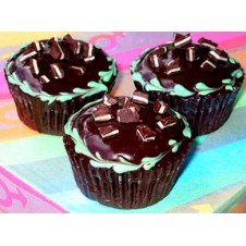 Caesars Mint Chocolate Cupcakes by Cookie Blossoms