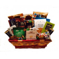 1 Basket Chocolates, Cookies, Jelly and more Assortment Foods w/ Bunny