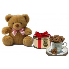 Mini Heart Chocolate Chip Cookies with Bear by Wilma's Yummy Cake