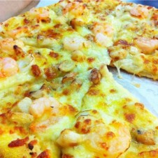 ROASTED GARLIC AND SHRIMP by Yellow Cab